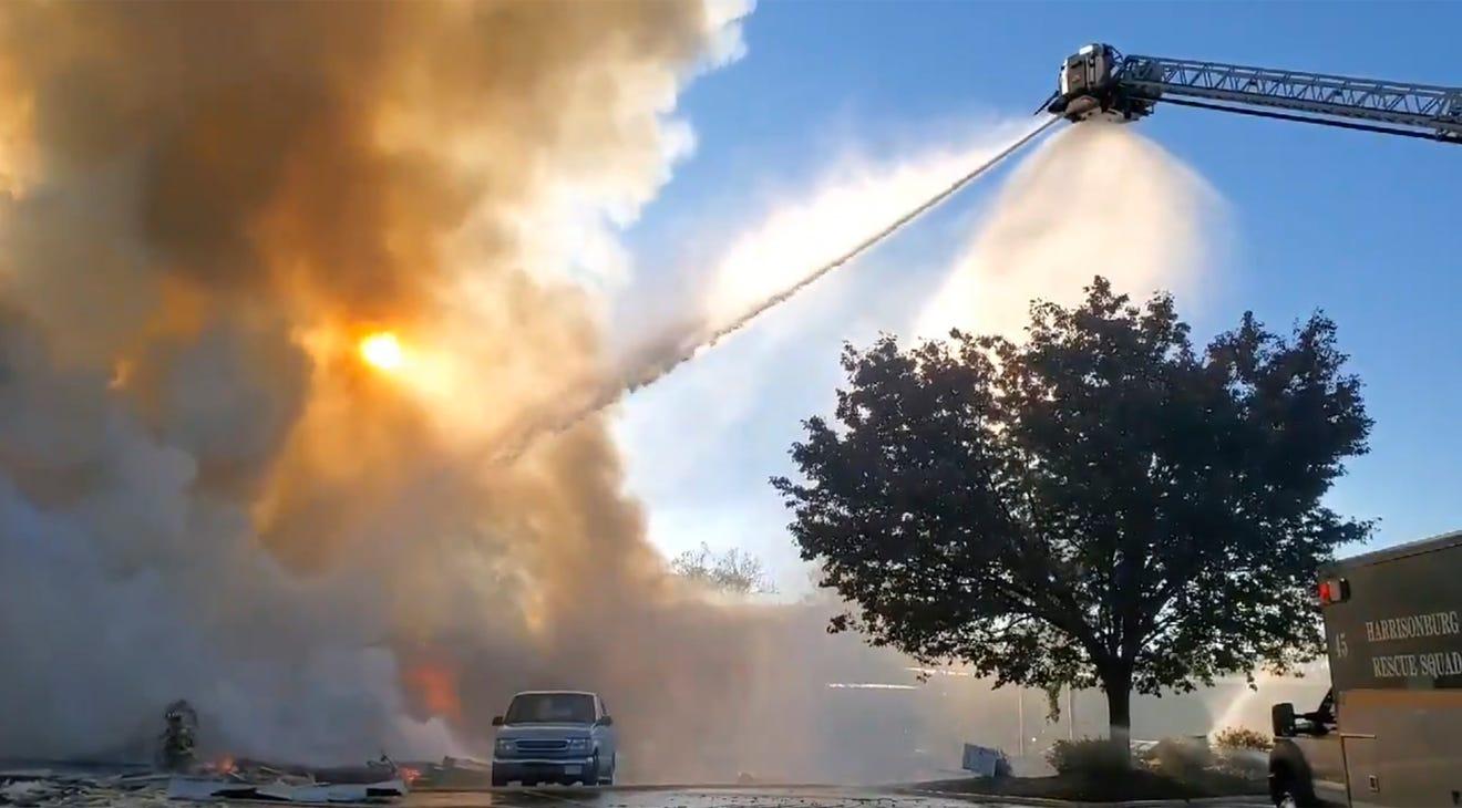 Explosion at Virginia shopping center
