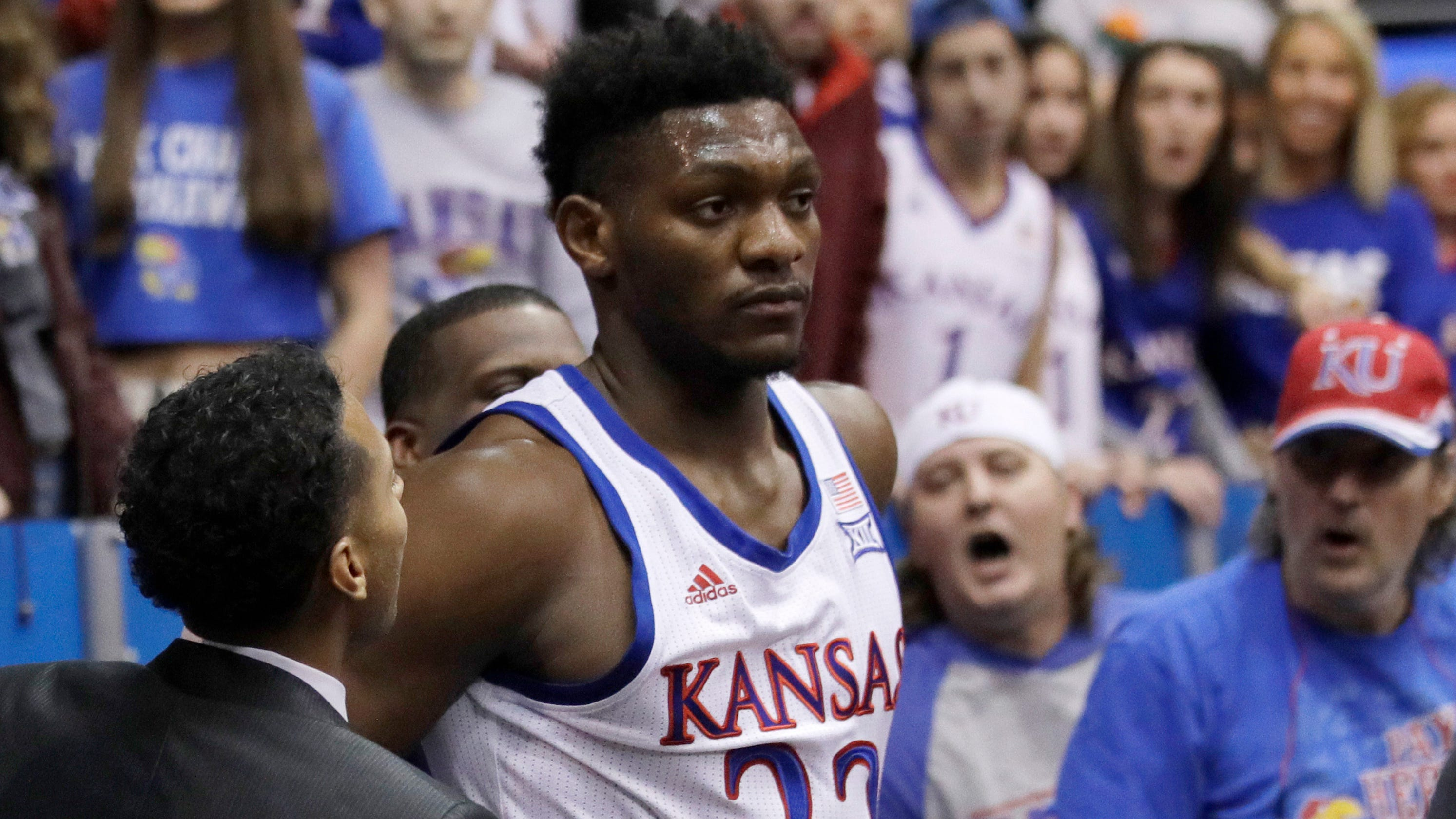 Kansas basketball player Silvio De Sousa steps away from sport to focus on 'personal issues'