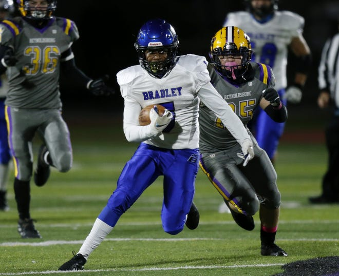 Justice Ross and Hilliard Bradley visit top-seeded Pickerington Central on Friday, Oct. 23, for a Division I, Region 3 semifinal. The 13th-seeded Jaguars upset fifth-seeded Reynoldsburg 31-30 on Oct. 16.
