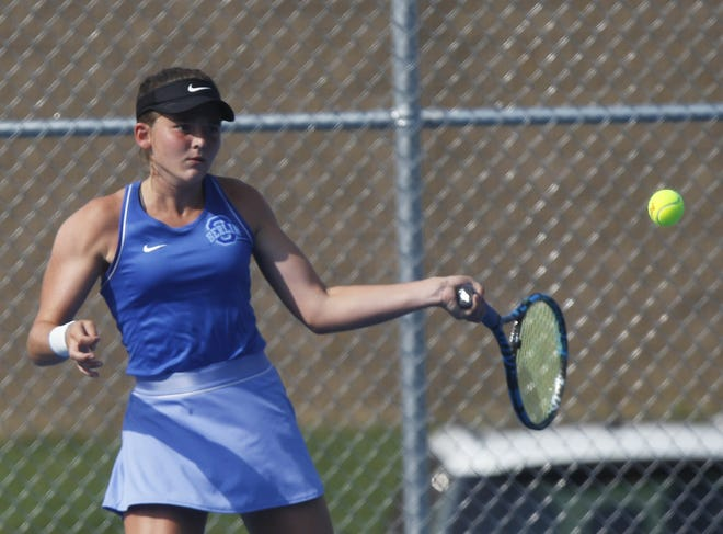Olentangy Berlin's Ella Franz won the Division I district singles title Oct. 17 at Reynoldsburg, defeating Olentangy Liberty's Dani Schoenly 6-2, 0-6, 6-3.
