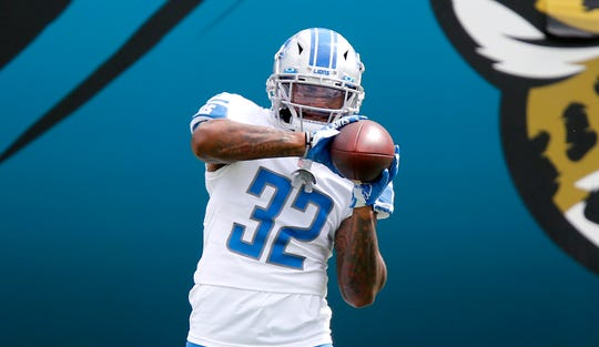 The Detroit Lions return to D'Andre Swift during the Warmups before the game against Jaguars Jacksonville at TIAA Bank Field, October 18, 2020.
