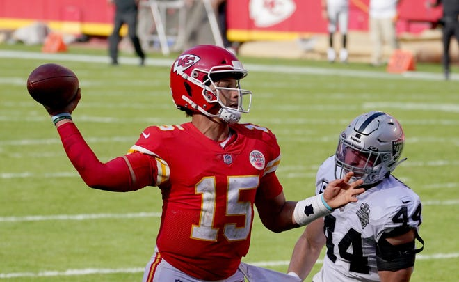 Chiefs quarterback Patrick Mahomes leads the defending Super Bowl champions in Bills Stadium Monday night.