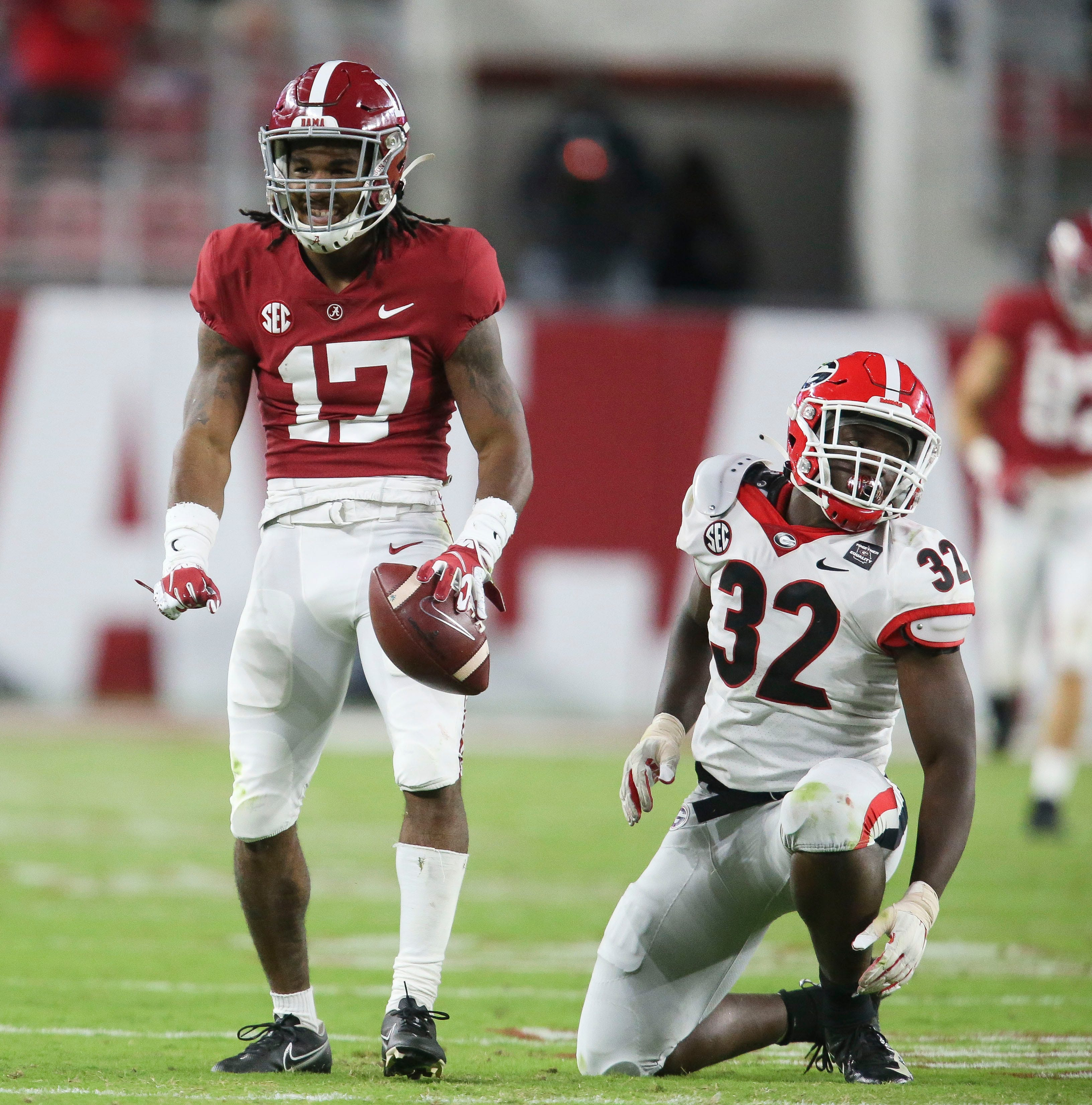No. 2 Alabama overpowers No. 3 Georgia late, lays early claim to College Football Playoff slot