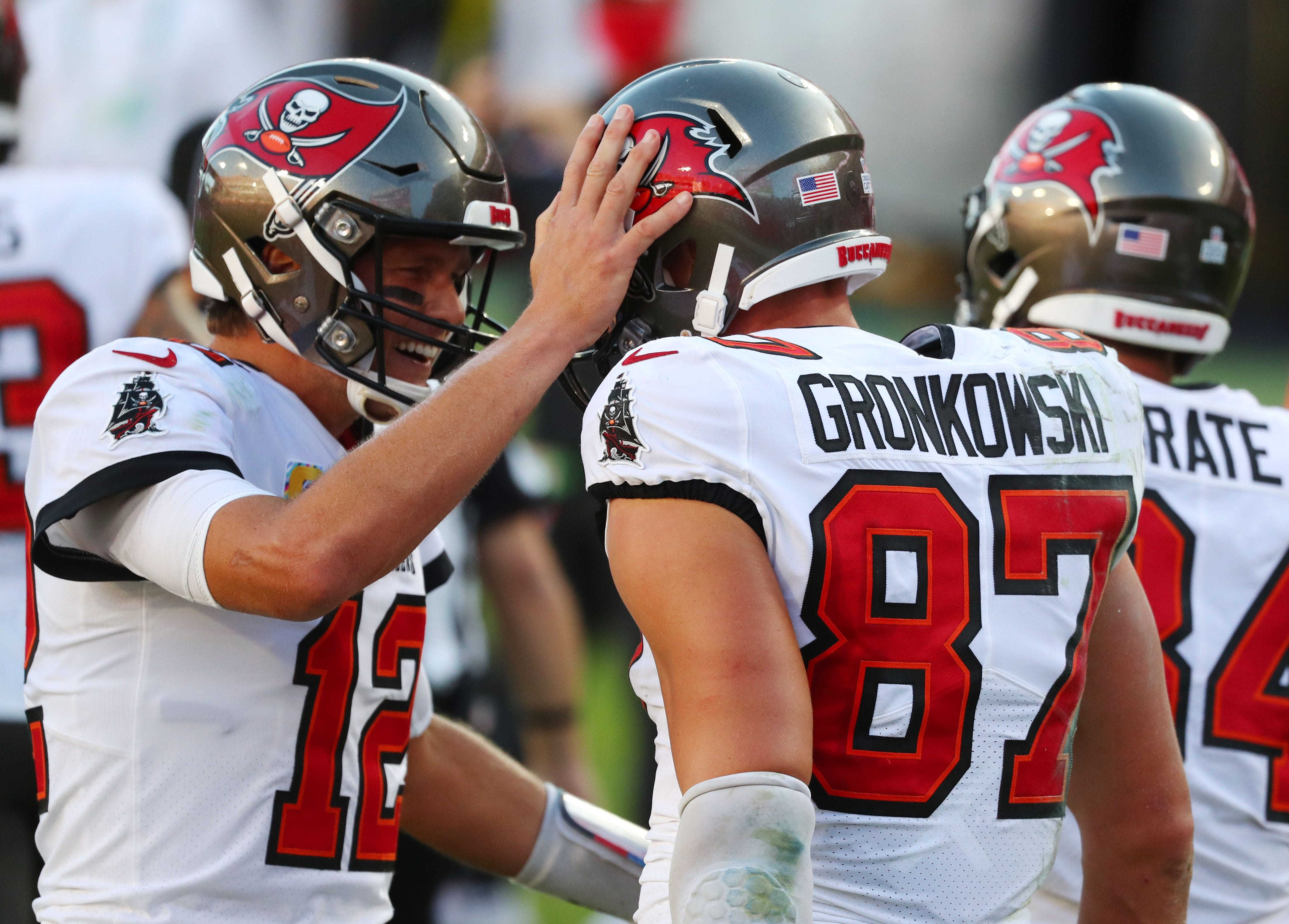 Bucs put league on notice with huge win over Packers