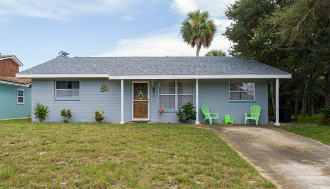 This beautiful, well-maintained beachside home is located in one of New Smyrna's most desirable locations.