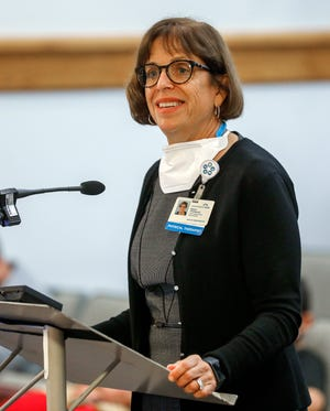Elaine Thompson, CEO of Lakeland Regional Health, speaks at a City Commission meeting in October. Thompson, 64, is stepping down Thursday after more than 10 years at the helm of the community health care provider.