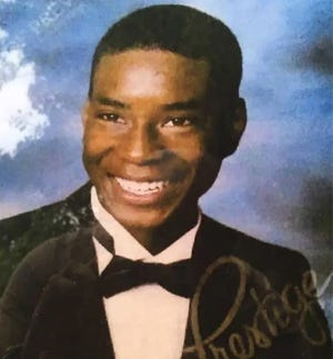 DeAndre Thomas was found dead behind a house on Liberty Street in Petersburg in 2005. Today, police are looking for answers.