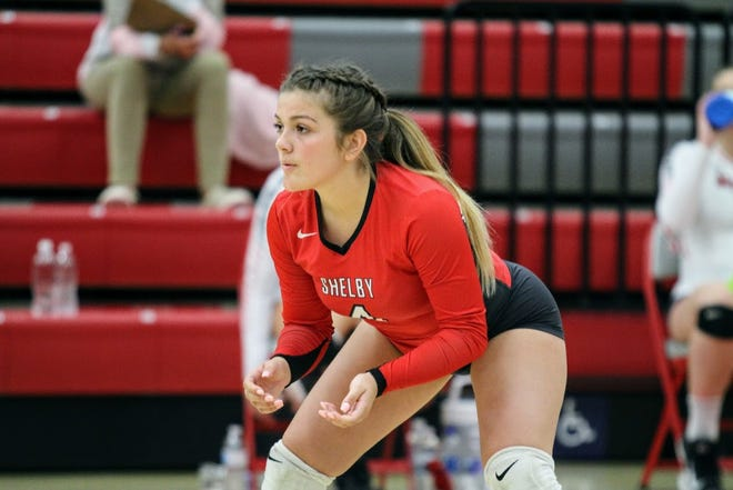 Shelby's Demi Hipp helped the Lady Whippets grab some momentum as tournament time quickly approaches.