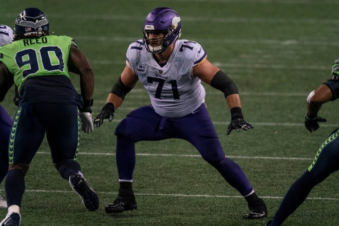 Minnesota Vikings offensive lineman Riley Reiff is pictured during the second half of an NFL football game against the Seattle Seahawks, Sunday, Oct. 11, 2020, in Seattle. The Seahawks won 27-26. (AP Photo/Stephen Brashear)