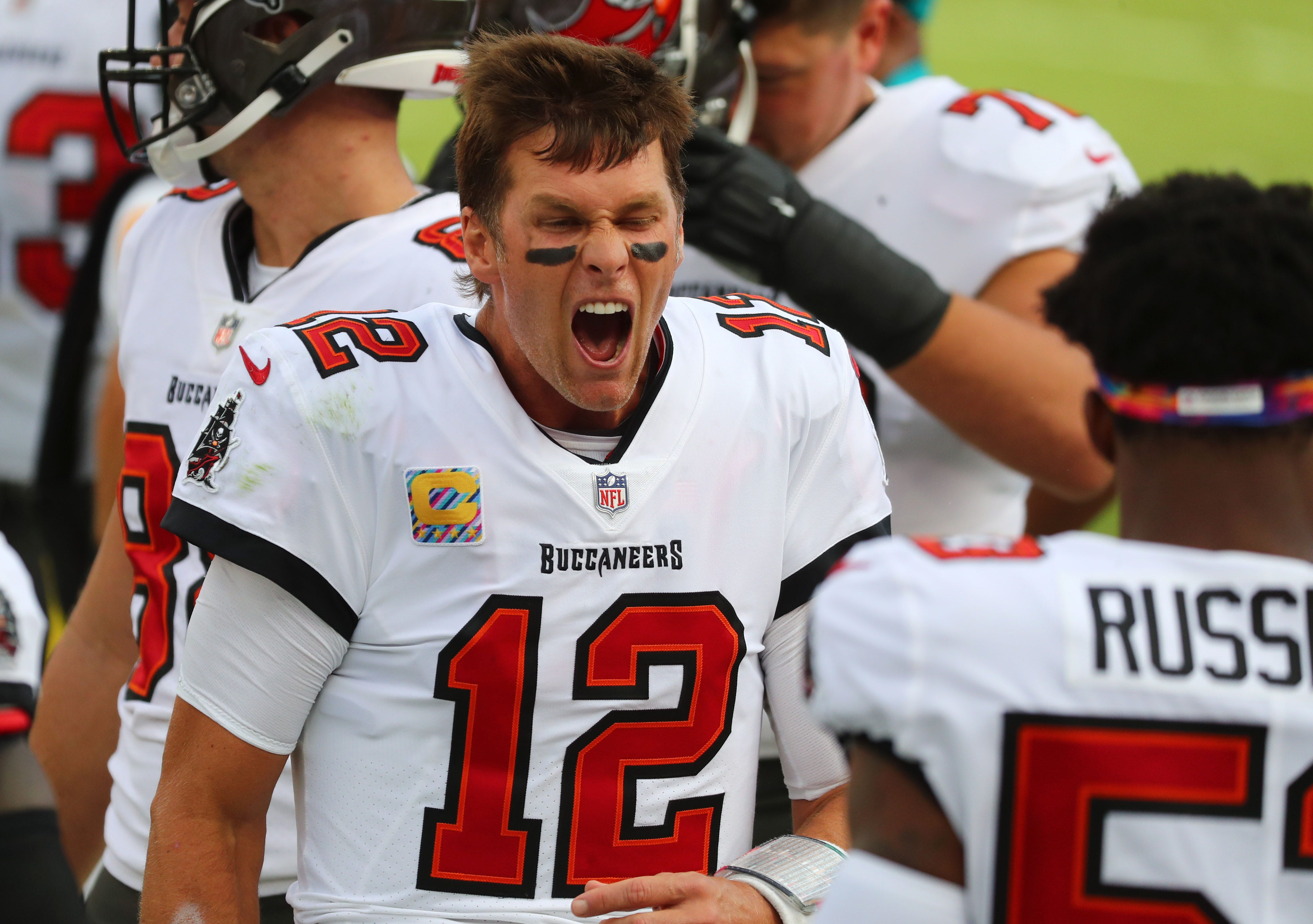 Tom Brady getting more comfortable in the Buccaneers offense