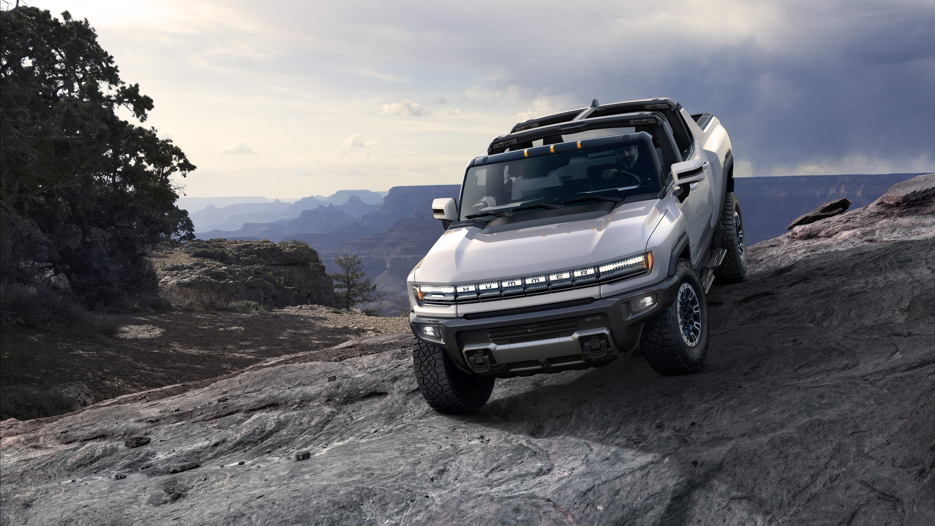 GM reveals its GMC Hummer EV pickup, prices it more than ...