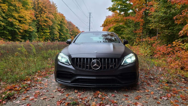 Halloween jack 'o lantern. The fierce maw of the 2020 Mercedes-AMG C63 S Coupe.