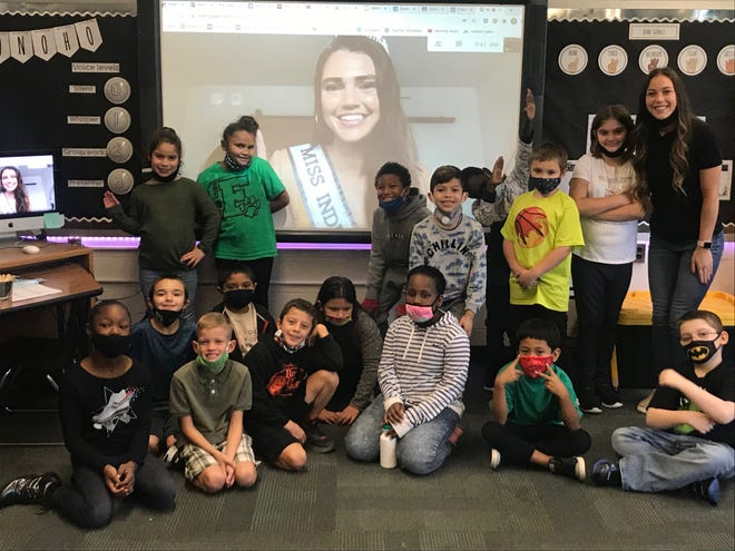 Miss Indiana USA Alexis Lete talks virtually with a class in Evansville, Indiana.