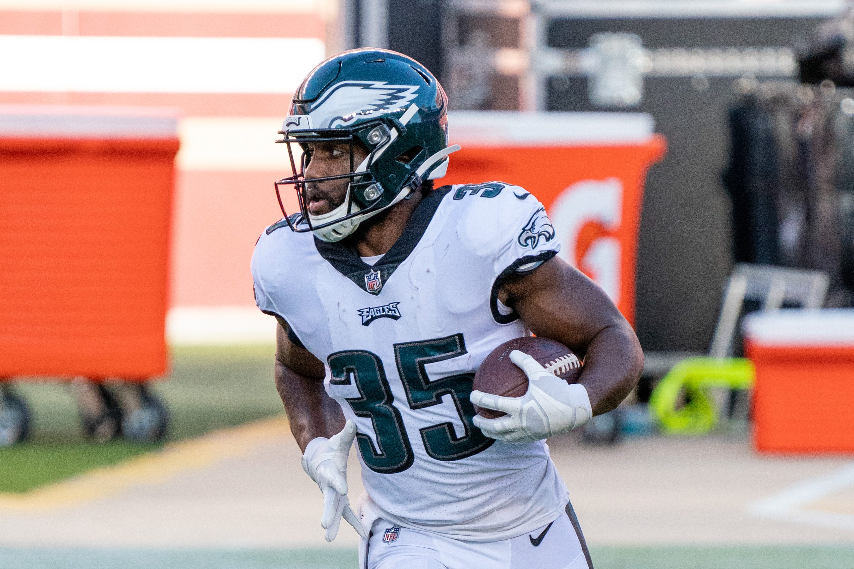 Fantasy football waiver wire: Eagles' Boston Scott poised to assume starting role in Week 7