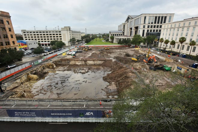 The construction of a new JEA headquarters building in downtown Jacksonville has started on a square-block site near the Duval County Courthouse. The first month of the project has focused on excavating below-ground debris from previously torn down buildings to get the site ready for a foundation.