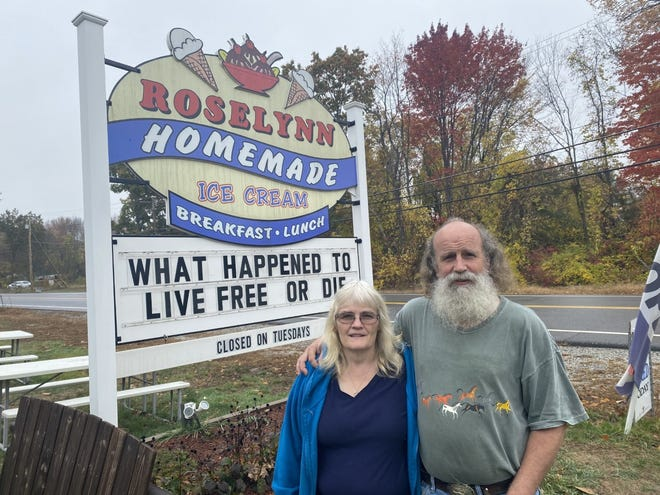 Dorene and Joseph Bodge have closed Roselynn Homemade Ice Cream's restaurant in Epping in protest of the governor's order on eatery staff wearing masks when in direct contact with customers.
