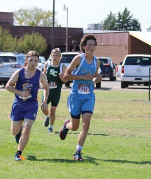 Skyline High School cross country runner Brett Atteberry works his way into a scoring position during a recent competition.