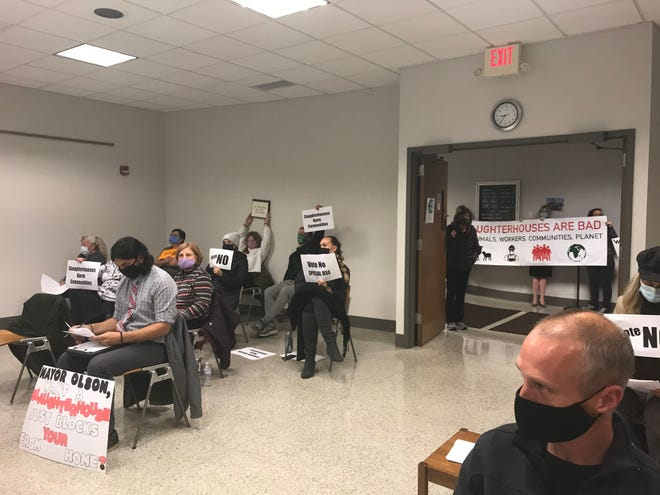 Franklin residents again filled city hall during the Oct. 20 common council meeting in opposition to the Strauss Brands, LLC proposal to expand to a larger facility in Franklin.