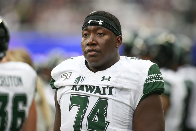 Former Mt. Whitney High School and COS football player Gene Pryor is a starter at right tackle on the Hawai'i football team.