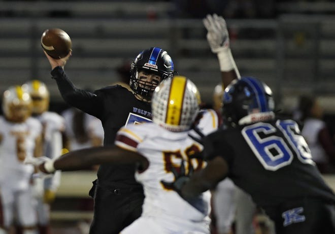 Worthington Kilbourne quarterback Mitchell Tomasek and the rest of the Wolves face the tough pass defense of Olentangy on Friday night.