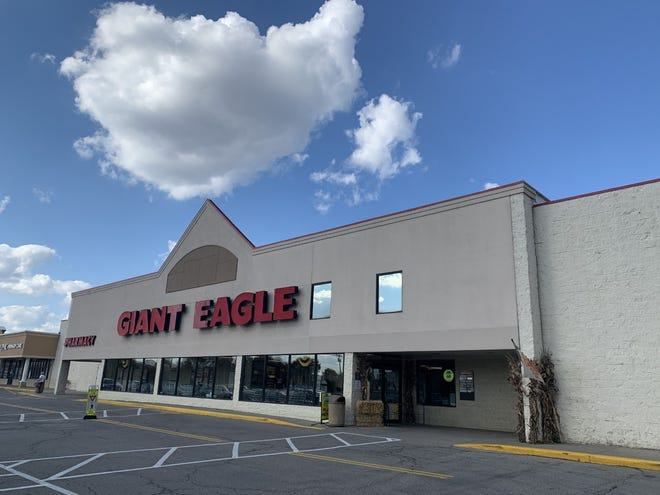 Giant Eagle in Franklin Township wants to sell beer and wine, so it petitioned to have a referendum on the Nov. 3 ballot to allow liquor sales in the community.