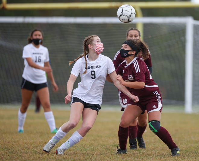 Megan McKenna (9) and the Rogers girls soccer team will travel to take on Narragansett on Saturday.