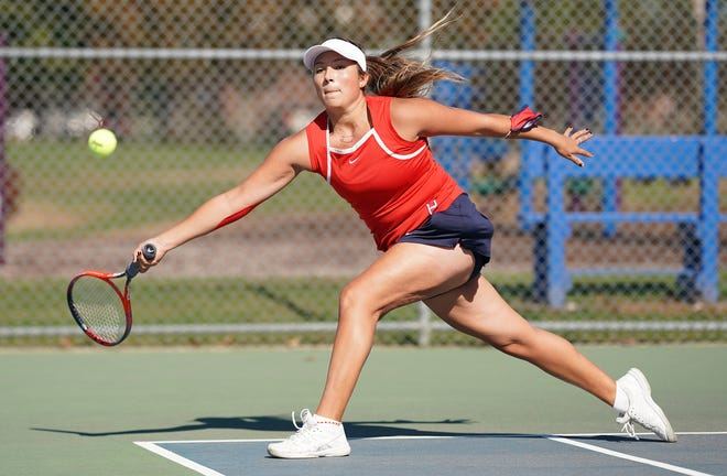 No. 1 singles player Delaney Lippert and Portsmouth will face Mount Hope in a battle of unbeatens Saturday.