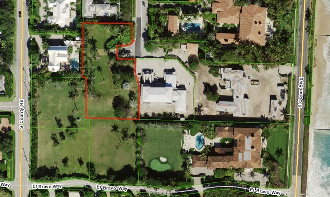 An aerial photo shows a vacant lot measuring seven-tenths of an acre, outlined in red, that just changed hands for a recorded $8.964 million in a subdivision on land once owned by the late billionaire John Kluge.