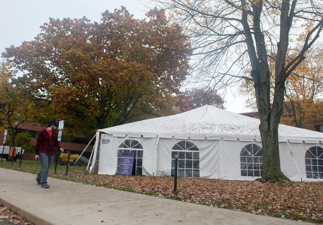 Kent State University recently began offering outdoor dining in heated tents that still offer air exchange. The tent pictured here is located between Manchester and Fletcher halls.