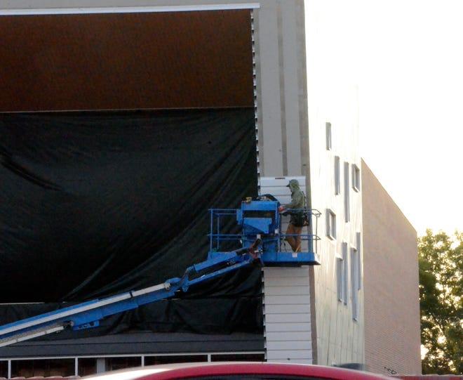 Construction on the new SSM Health Medical Group ambulatory medical facility continues at Domino Plaza.