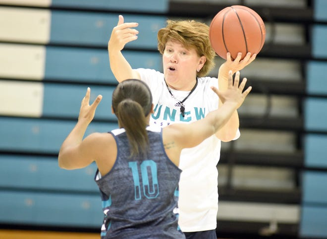 UNCW women's basketball assistant coach Tina Martin is now the team's interim head coach to open the 2020-21 season. [STARNEWS FILE PHOTO]