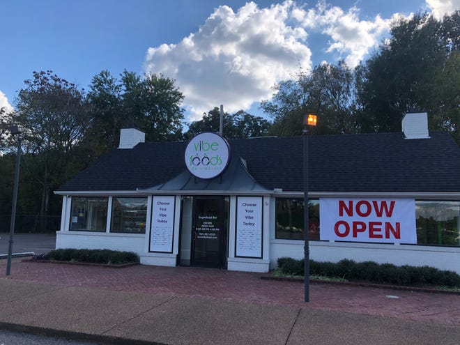 Vibe Foods recently opened in East Memphis on Poplar Avenue, across the street from East High.
