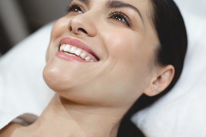 Many patients prefer to avoid a facelift or are simply not a candidate for a facelift because of medical reasons.