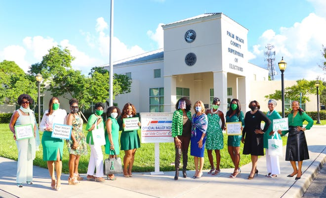 Members of the West Palm Chapter of The Links, Incorporated promote the #GlamtheVote social media media campain. From left to right: Carolyn Williams, Sandra Powery-Moses, Karen Alleyne, Flora Jackson, Julie Byrd, Destinie Baker Sutton, Salesia Smith Gordon, Supervisor of Elections Wendy Sartory Link, Beverly Jones, Sia Baker Barnes, Rosalyn Baker, Constance Ward and President, Tricia McDermott Thompkins