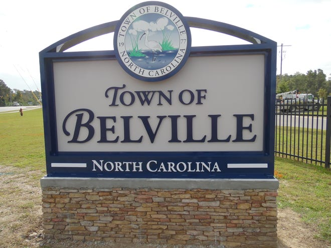Town of Belville unveils new welcome sign.