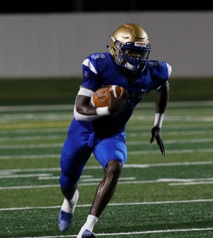 Mainland defeated New Smyrna Beach, 41-7, maintaining its top spot in The News-Journal's high school football power rankings.