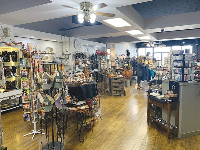 Clothes, hats, jewelry and fall seasonal decor and much more await customers at Simply Southwest, located at 213 S. Main in Pratt.