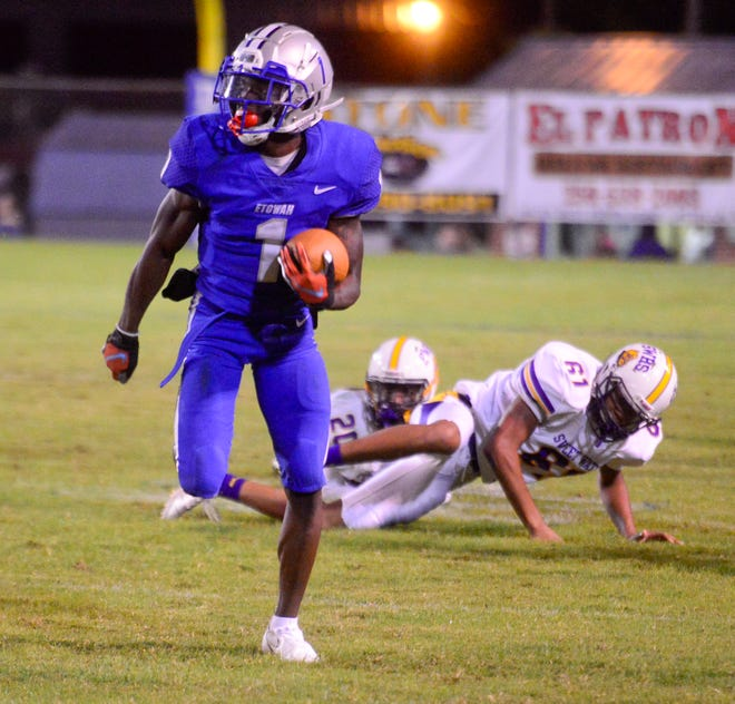 Etowah's NyNy Davis on Tuesday night was selected to the Class 4A All-State football team as an athlete in Class 4A.
