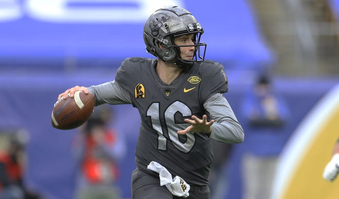 Panthers backup quarterback Joey Yellen will most likely be relied upon to break a four-game losing streak when Pittsburgh travels to Tallahassee to take on the Seminoles.