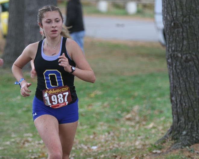 Ontario's Ellie Maurer makes her third consecutive trip to the state meet this weekend.