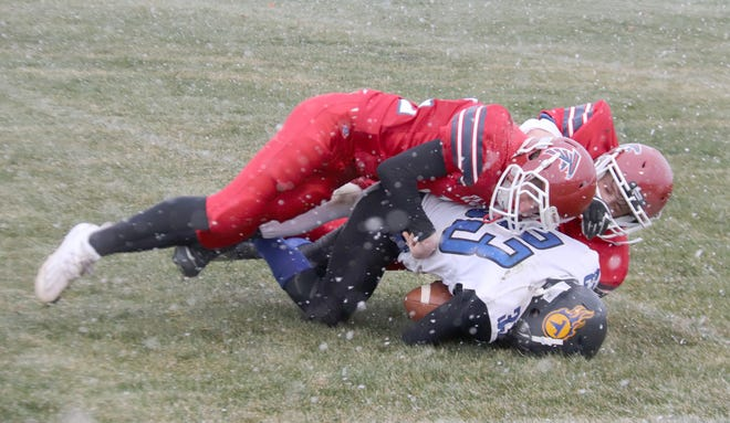 Fertile-Beltrami football suffered its first loss of the season against Win-E-Mac on Friday.