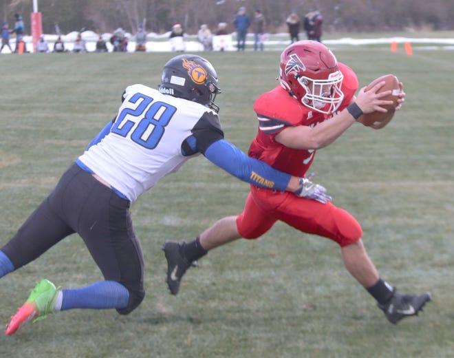 Brandon Van Den Einde stretches out to score a touchdown in Fertile-Beltrami's 32-6 win over Norman County East/Ulen-Hitterdal on Saturday. Van Den Einde ran for 115 yards on 24 carries.