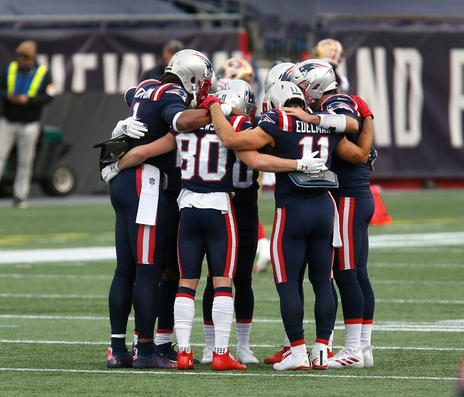 Patriots are going to have to huddle up and figure things out fast after Sunday's 33-6 loss to San Francisco.