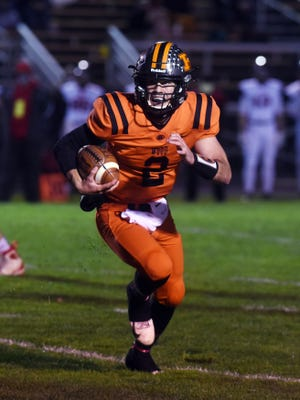 Gabe Tingle runs for a toucdown during host Ridgewood's 43-7 win against Baltimore Liberty Union on Saturday in a Division V, Region 19 quarterfinal in West Lafayette.