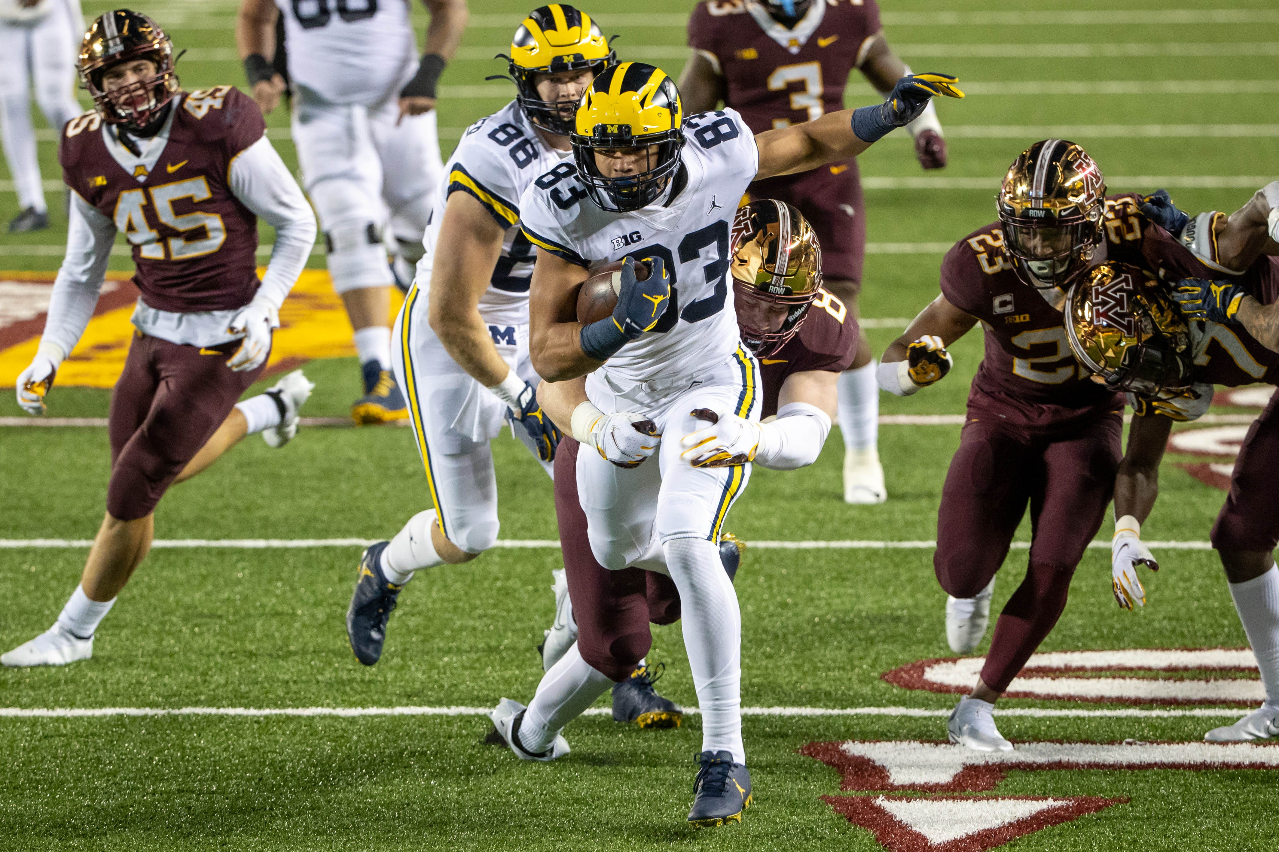 Michigan football's Erick All bulked up this summer with the help of this fellow Wolverine