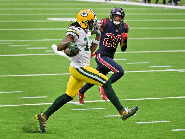 Green Bay Packers Bounce Back Go To 5 1 With 35 20 Win Vs Texans