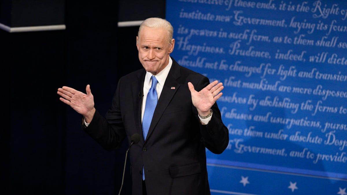 Hillary Clinton, Mitch McConnell crash Joe Biden`s...