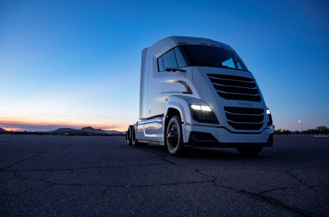 Nikola, Hyundai, Toyota, Daimler pursue hydrogen fuel cell trucks