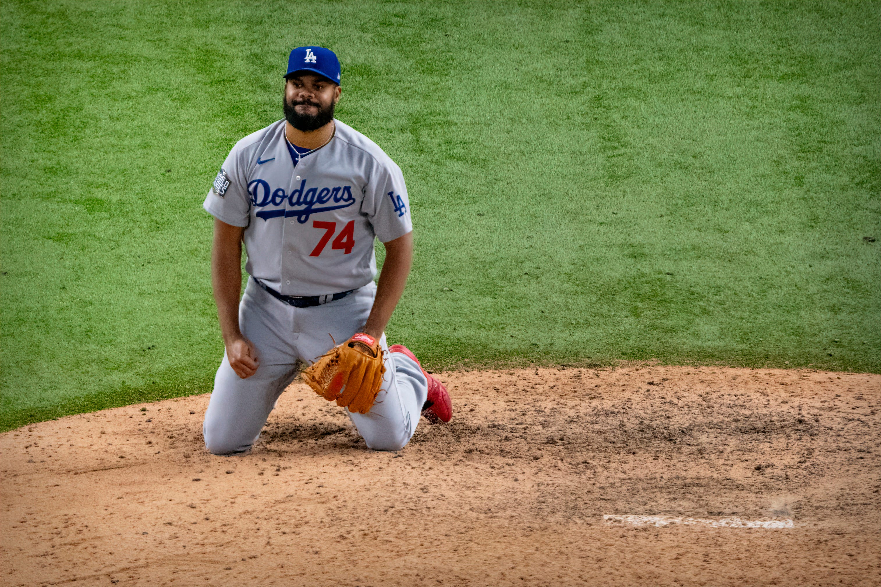 Dodgers' Kenley Jansen sets painful World Series record with fourth blown save