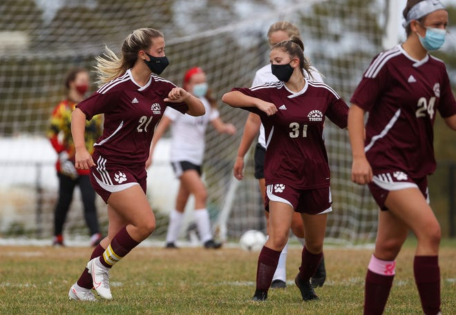 Mariah Ramos (21) and the Tiverton girls soccer team will have the opportunity to defend their division title.